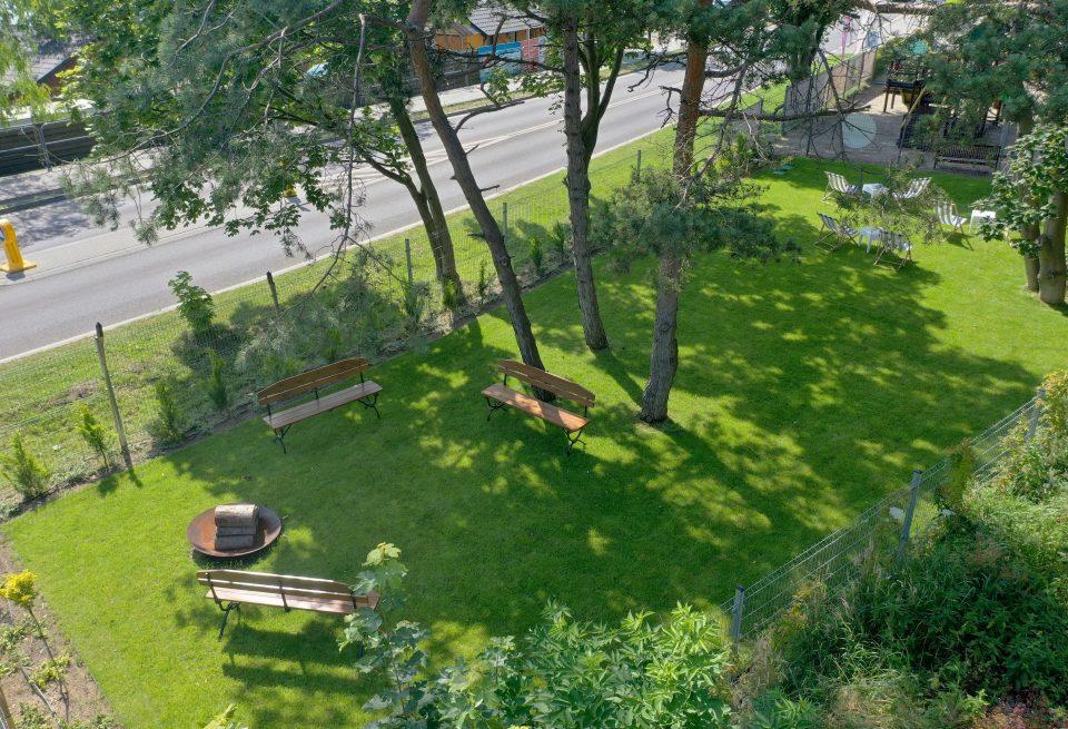 Hotel77 - ogród